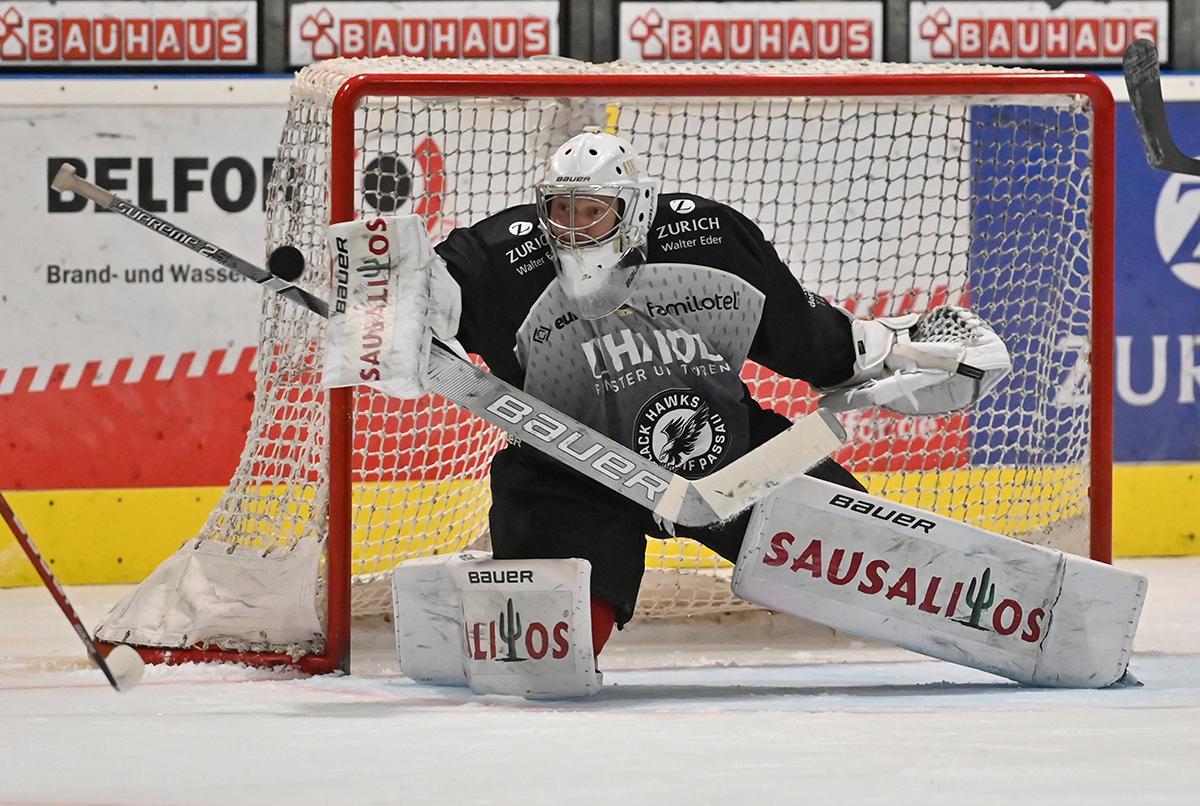 Im Rahmen der Eishockey-Oberliga trafen am Freitag, 05.02.2021, die Mannschaften der Passau Black Hawks und der Lindau Islanders in der Passauer EisArena aufeinander.