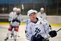 - Die Passau Black Hawks gewinnen dieses Spiel mit 6:5 Toren